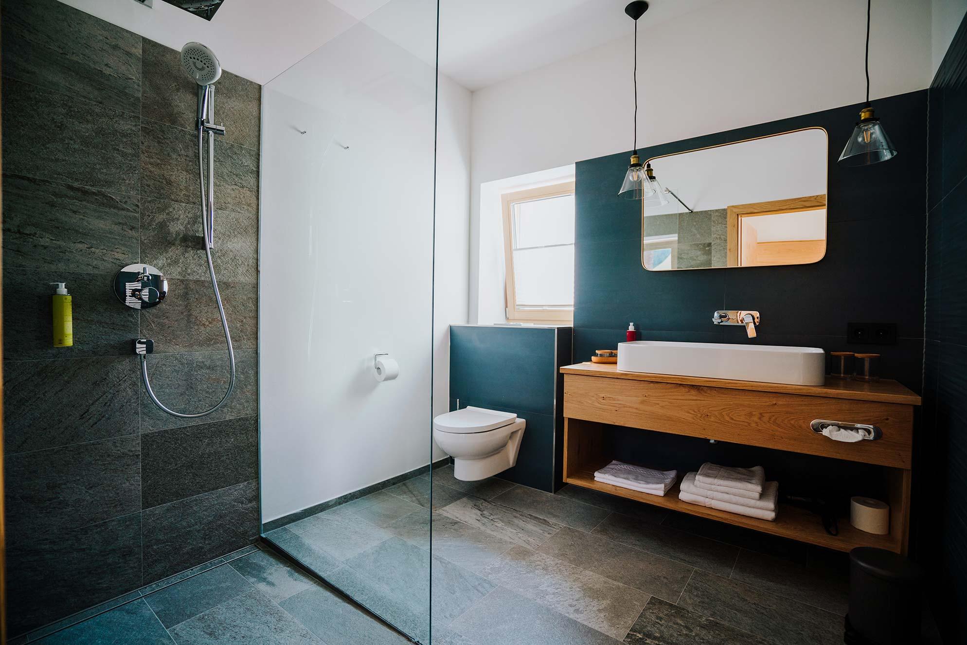 badezimmer-kleiner-bär