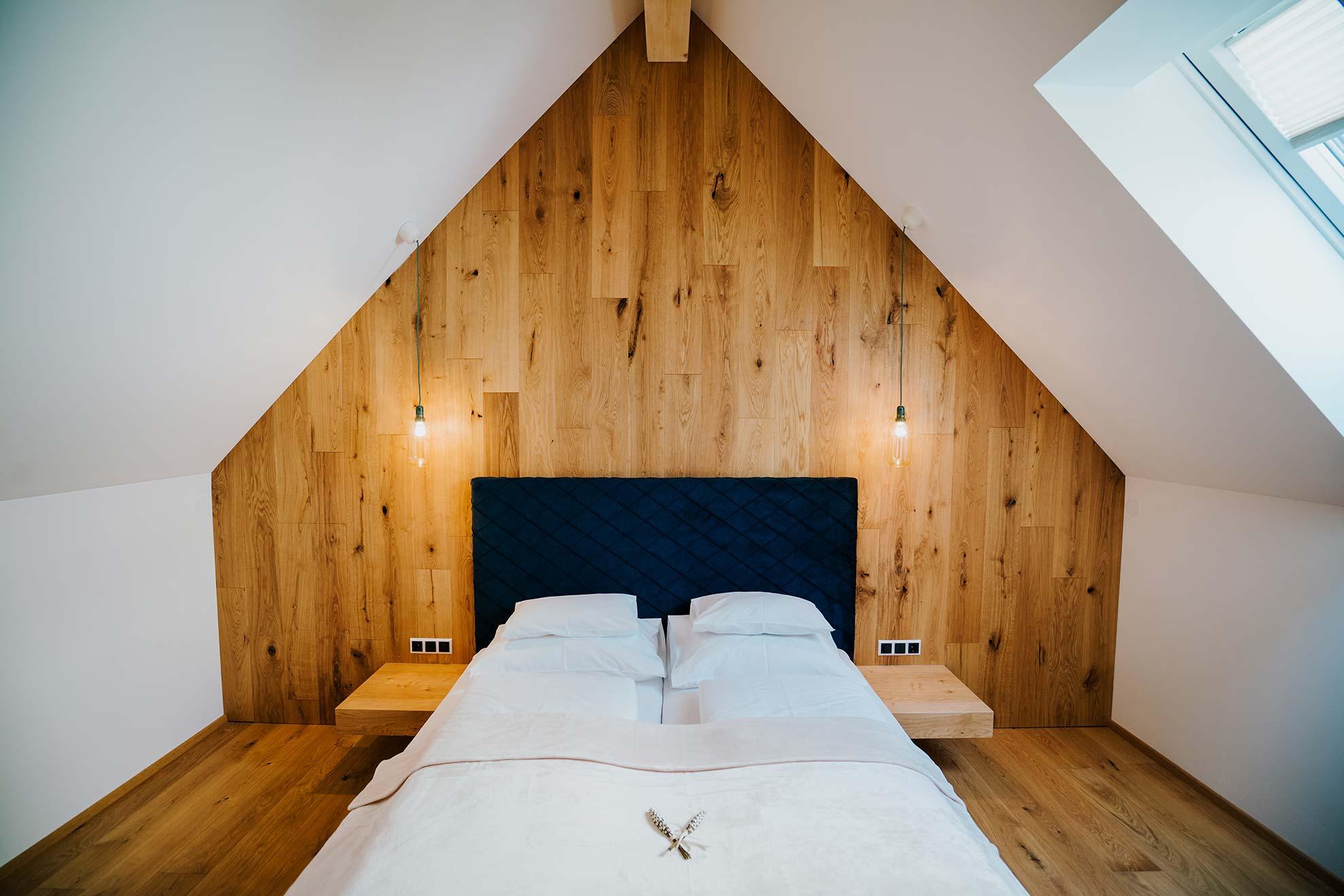 Eichenholz Wand